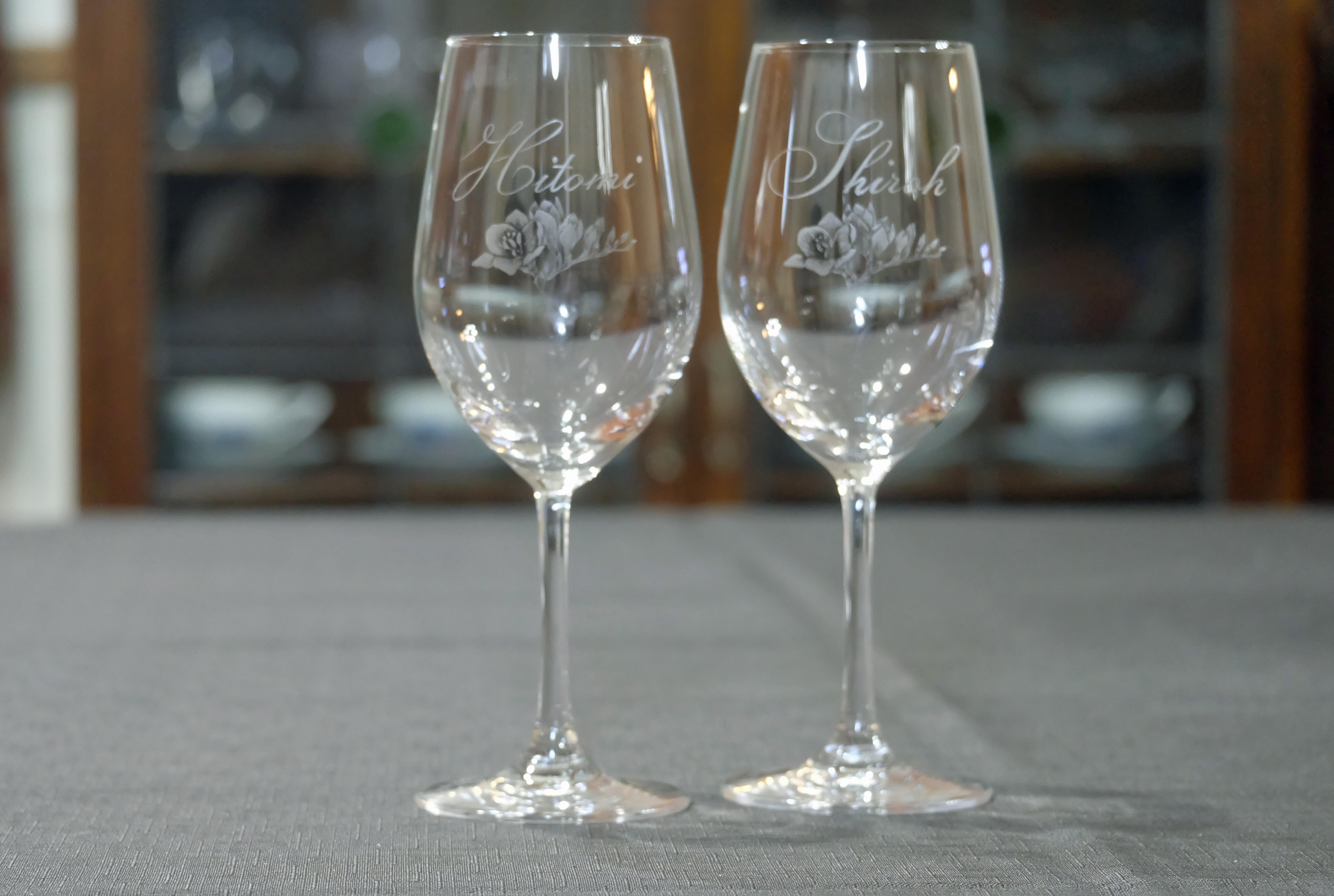 ご結婚祝いのオーダー ペアワイングラス